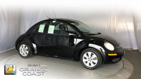Pre-Owned 2009 Volkswagen New Beetle Coupe S